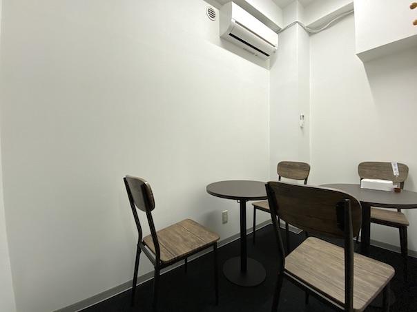 カラメル横浜西口店D室(ブルー)